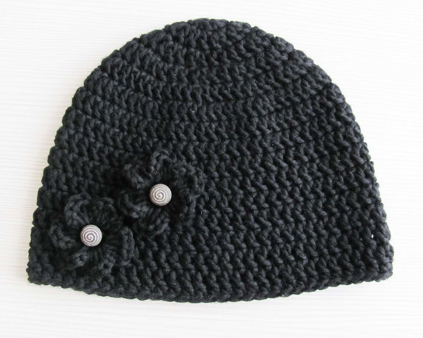 Crochet Beanie Pattern Basic : Linas Land: Embellished Basic Crochet Beanie