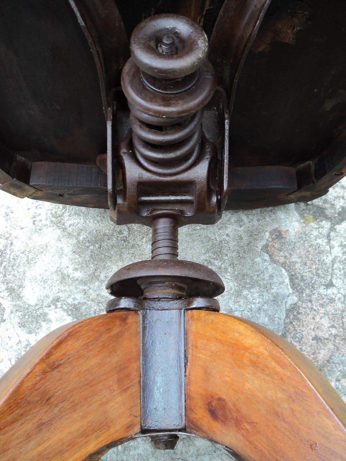 antiqualha: Cadeira antiga xerife #995D32 1200x1600