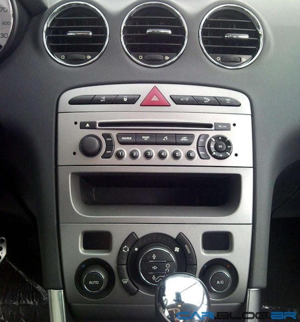Peugeot 408 Allure 2012 - console central
