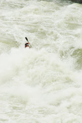 jason beakes whitewater kayaker at great falls