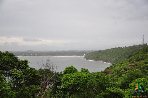 Amritha SAnjeevani Dhanvanthari stotram - Hindupedia, the ...
