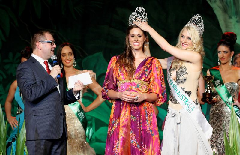 miss earth australia 2011,Kelly Louise Maguire