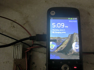 DIY solar mobile phone charger