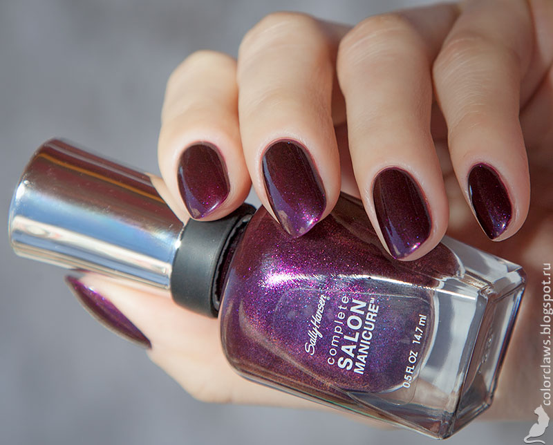 Sally Hansen Rule of Plum