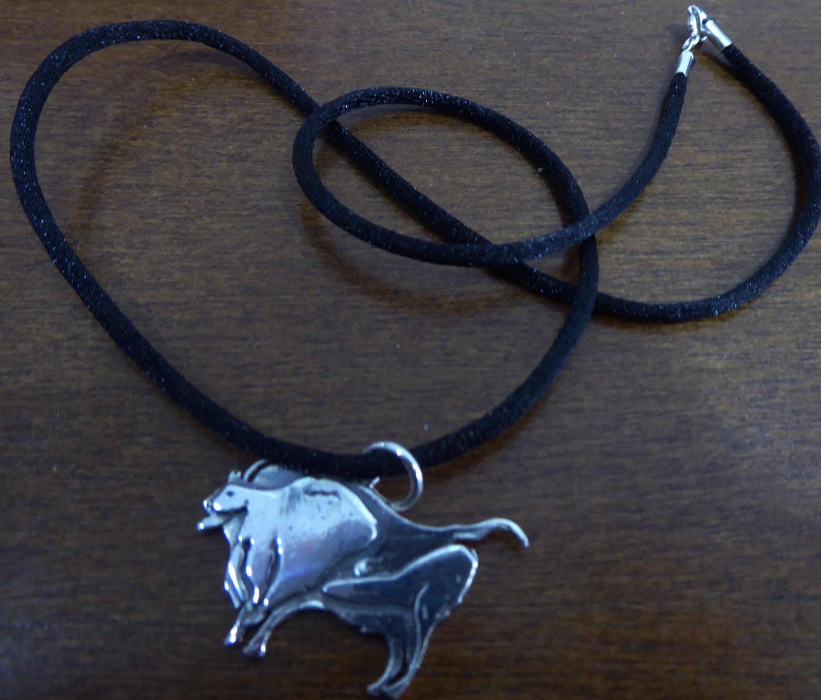 Bisonte de Altamira con cordón