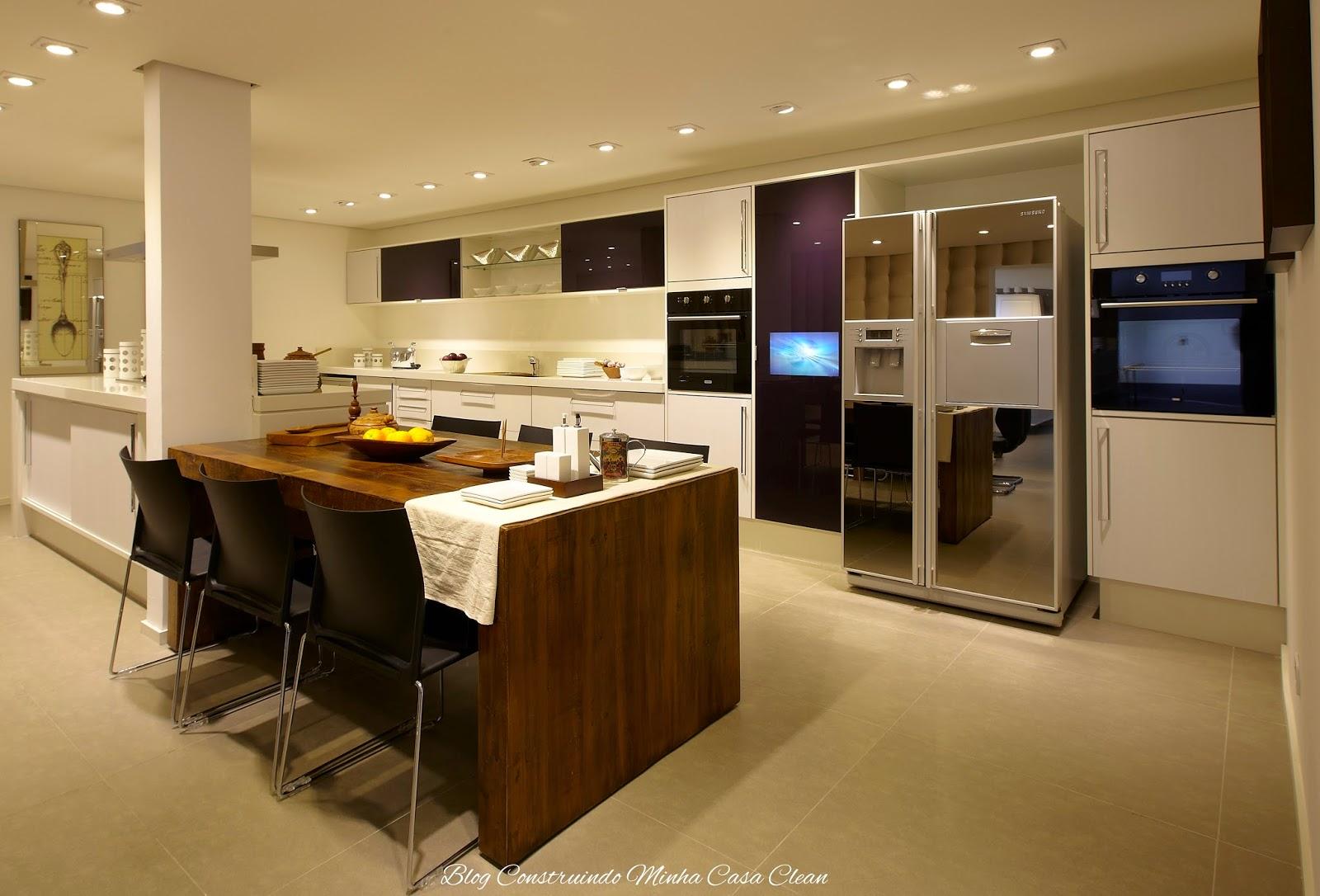 #2C1B0A Construindo Minha Casa Clean: TVs Embutida em Vidros Espelhos e  182 Janelas De Vidro Na Cozinha