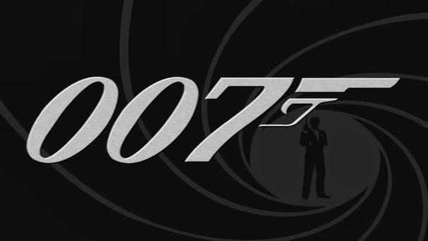 Mamma Mia, James Bond Ke IB di 2014