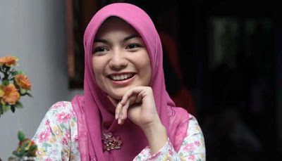 "Kumpulan Foto dan Biodata | Citra Kirana ""Rumanah"" Tukang Bubur Naik"