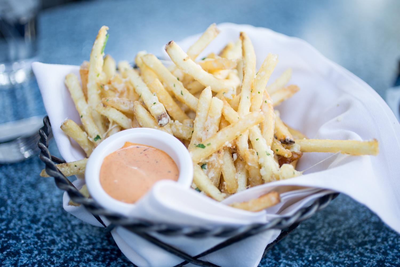 Disneyland Food Blog- Cafe Orleans Pomme Frites Review