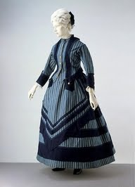 Women's dress fashion in the 1860s