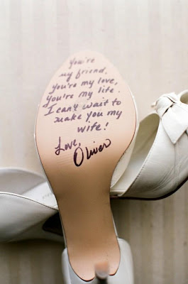 mensaje del novio en el zapato de la novia