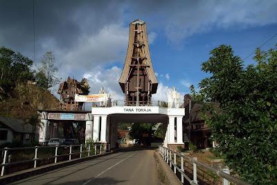 Gerbang Tana Toraja