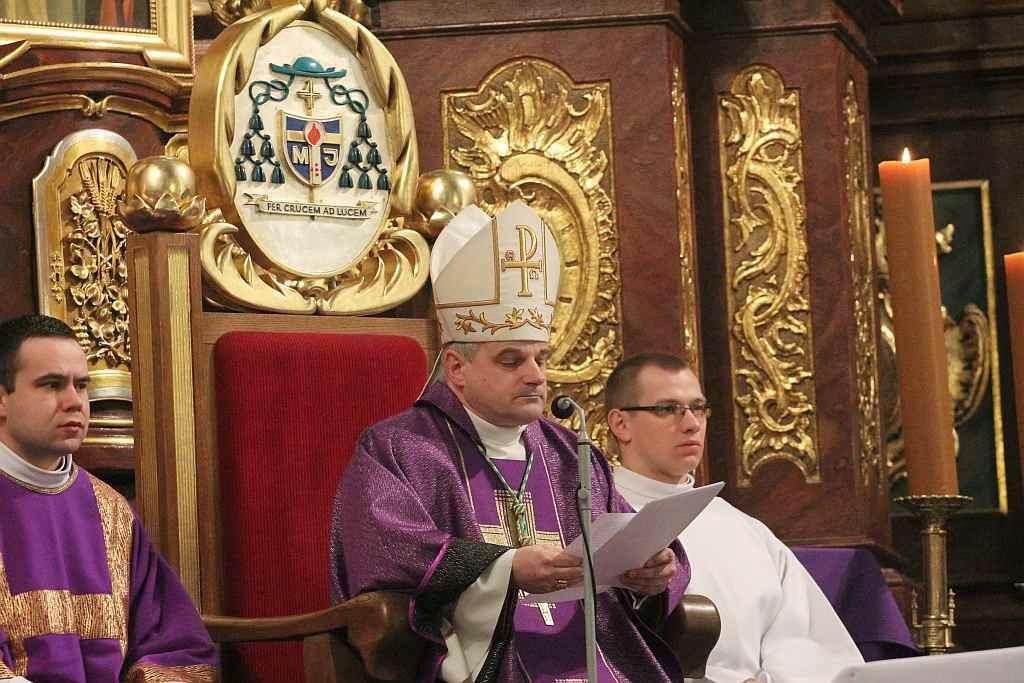 biskup Mendyk Legnica