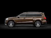 2012 all new Mercedes GL350 luxury suv offroad original press image