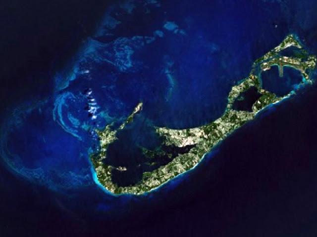 Imag IslasBermudas-desdeelEspacio.jpg