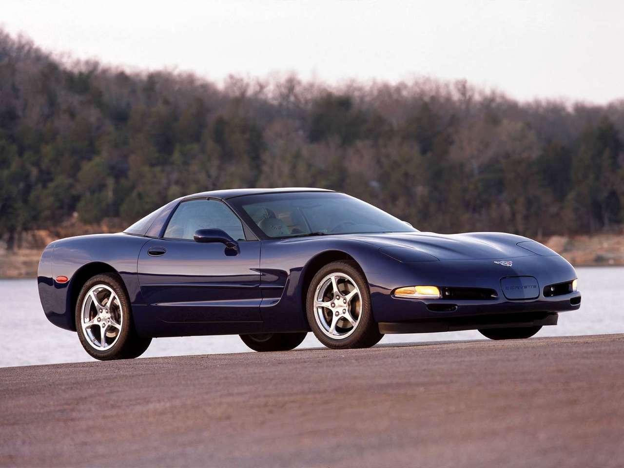http://2.bp.blogspot.com/-zFcKq41fJFs/TYZxtRdElSI/AAAAAAAAN58/e7usPP5RNSM/s1600/Chevrolet-Corvette_2003_1280x960_wallpaper_01.jpg