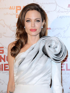 Angelina Jolie Dress, Angelina Jolie Premieres Pics