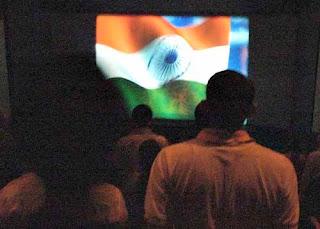 7 Hal Unik yang Hanya Terjadi dalam Bioskop di India