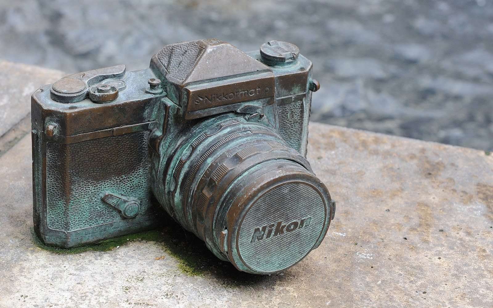 Rusted Nikon Camera HD Wallpaper | Windows 8 HD Wallpapers