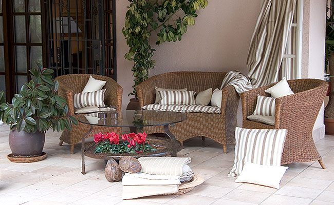 Novedades paola cojines o asientos para sillas for Sillas comedor estampadas