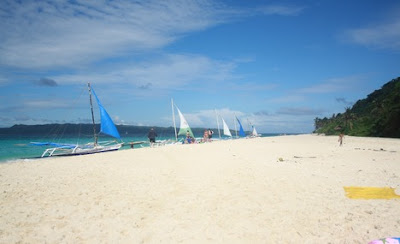 Boracay Puka Beach a Tropical Paradise