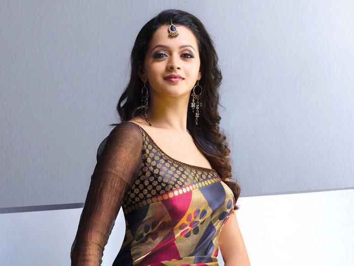 bhavana nwe saree , bhavana actress pics