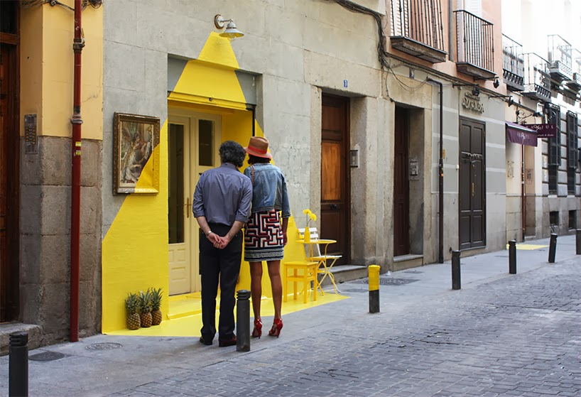 (FOS) pop up store jaune Madrid