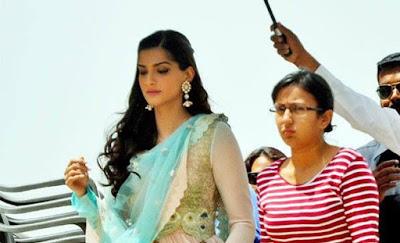 Sonam Kapoor in Anamika Khanna's designer dress