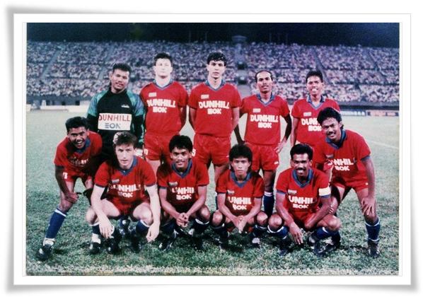 Skuad Johor FA, dengan trio import Yugoslavianya.