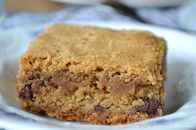 Chocolate Chip Biscoff Blondies - Mother Thyme