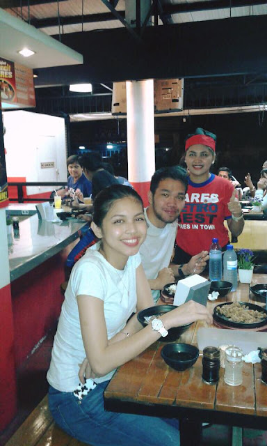 Maine Mendoza eating pares