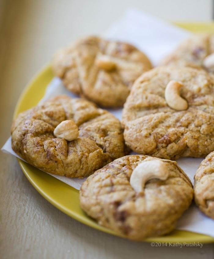 2014_07_17_cashew-cookies_9999_80cashew-cookies.jpg