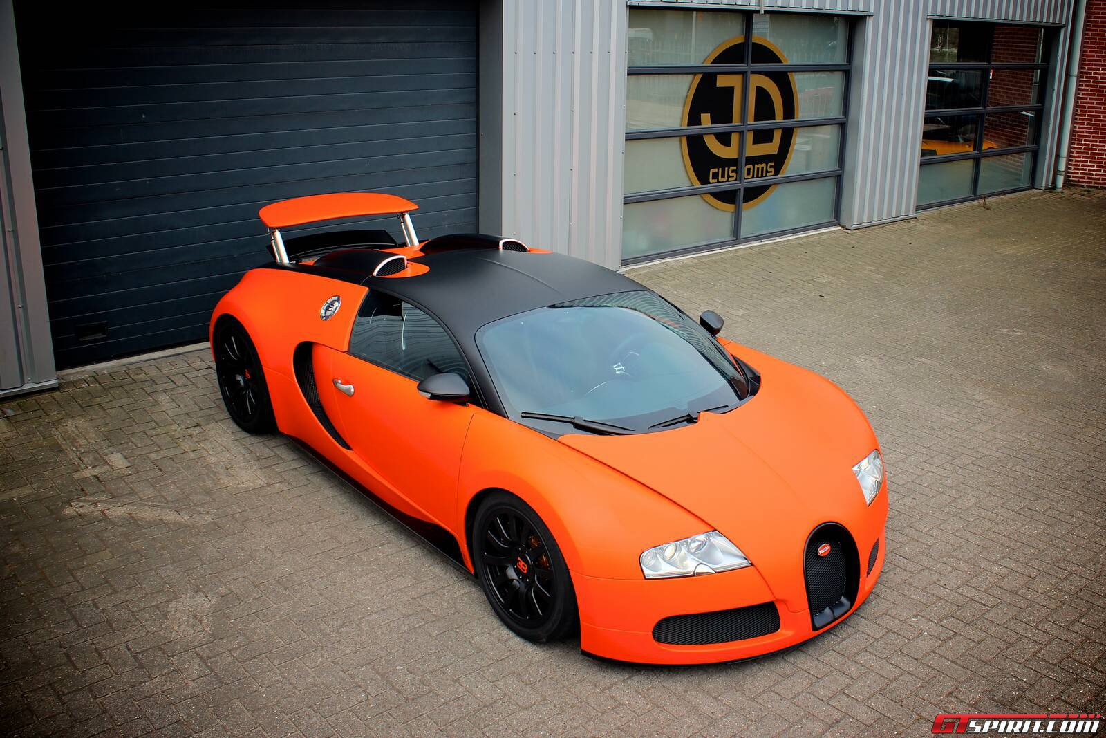 all cars nz bugatti veyron wrap by jd customs. Black Bedroom Furniture Sets. Home Design Ideas