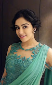 Adah Sharma Dazzling pics in green dress-thumbnail-3