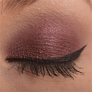 http://oli-rockyourstyle.blogspot.de/2013/12/amu-use-it-velvet-flame-frage-euch.html