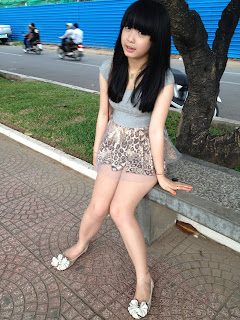 Viya Yasaki Phnom Penh Cute Girl Sexy Mini Skirt 2