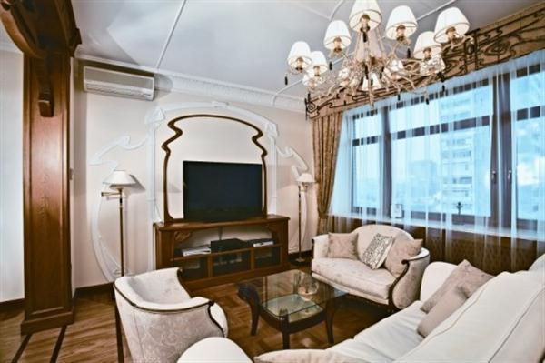 Luxury And Modern Nouveau Apartment Interior Design TV Room
