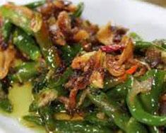 Resep masakan indonesia ikan asin cabe hijau spesial (istimewa) praktis mudah sedap, enak, gurih, nikmat lezat