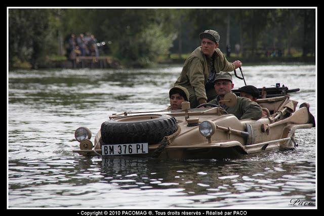 véhicule Schwimm dans l'eau des gravières de Donchery