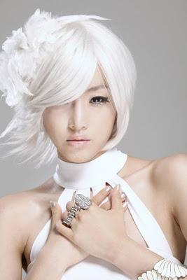 http://2.bp.blogspot.com/-zHTmdlkGGxk/TfW0Yx1H_GI/AAAAAAAACiY/F1AO9Pk804c/s400/20110613_white_eunjung_2.jpg