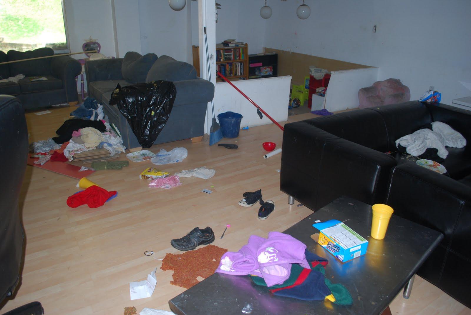 Chris crime scene photos benoit