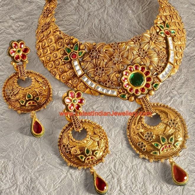 Unique Bridal Kundan Set