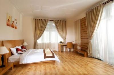 Mẫu phòng ngủ sàn gỗ đẹp thiết kế hiện đại sang trọng