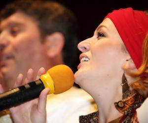 """Enkelejda Alushi: Jam rritur me këngën çame dhe nuk pranoj """"t'i shes sapunin për djathë"""" publikut"""
