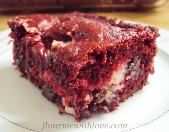 http://www.flourmewithlove.com/2014/03/red-velvet-earthquake-cake.html