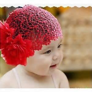 foto bayi perempuan dan aksesoris rambut
