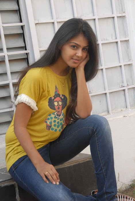 Monal Gajjar Cute Pictures in SPicy Jeans and Tight T Shirt