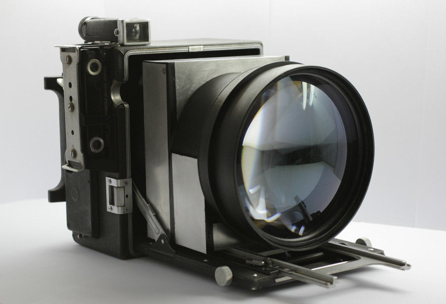 speed graphic, fast lens, 0.95, online darkroom, analogue photography, analog photography, film, large format, 5x4, 4x5