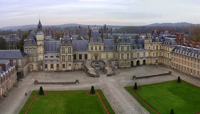 Fontainebleau France  City new picture : Fontainebleau– France.