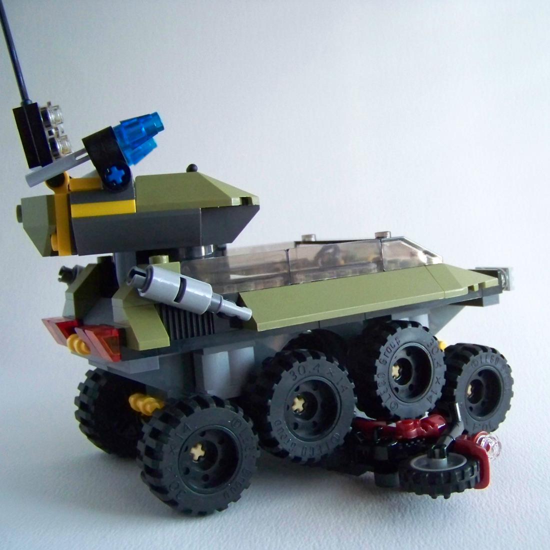 LEGO Hydra Tank